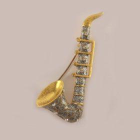 Broche: Saxofoon Fantasie + Strass